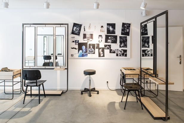 Am nagement salon de coiffure par atelier dynamo journal for Agencement salon design