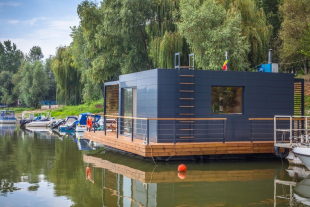 DOC Floating House, maison mobile flottante de 60 m2 par Lime Studio