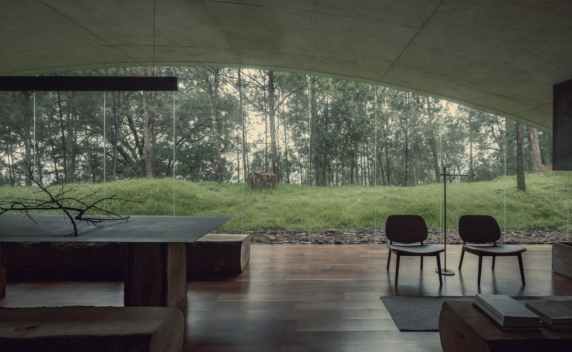 Maison en béton intégrée dans le paysage au Mexique - Journal du Design